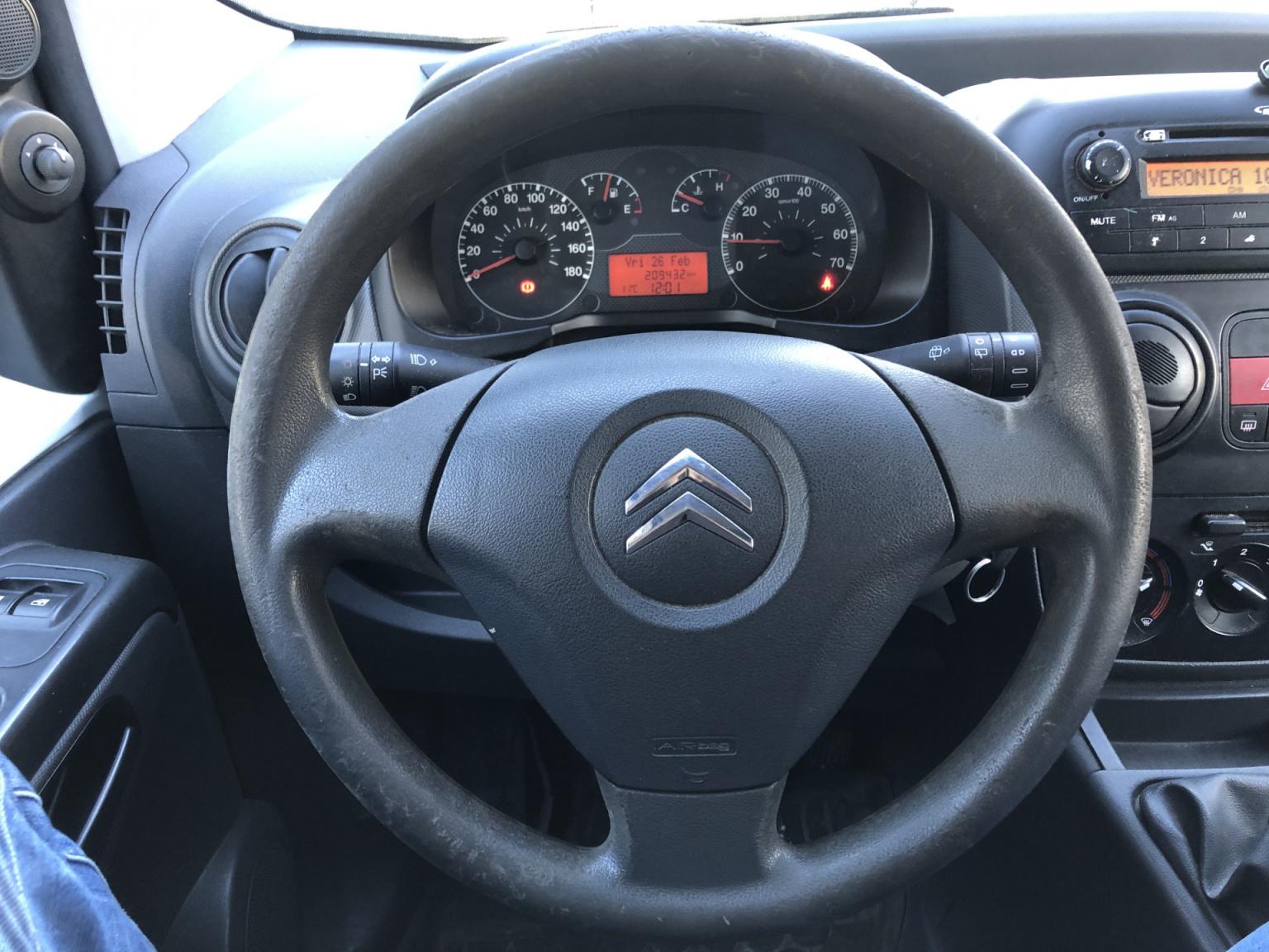 Citroën-Nemo-9