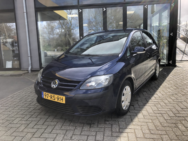 Volkswagen-Golf Plus