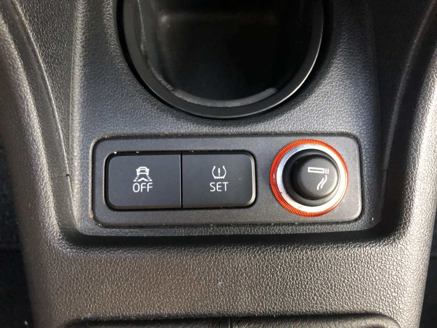 Volkswagen-up!-22